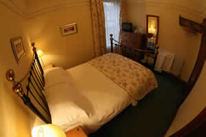 We have 2 double en suite rooms. Click for further information.